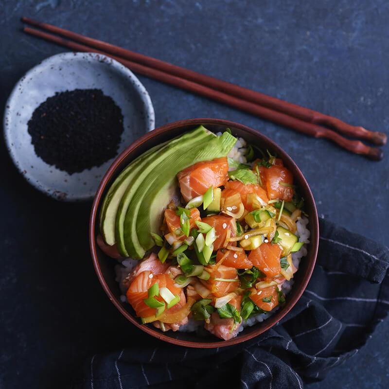 Laks & Avocado Poké Bowl