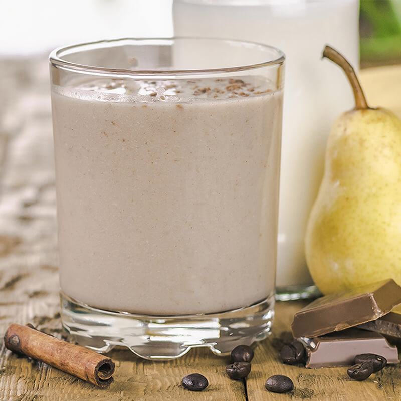 Banan og Chokolade Smoothie opskrift med pære, kakao, kanel, kaffe og akaciehonning